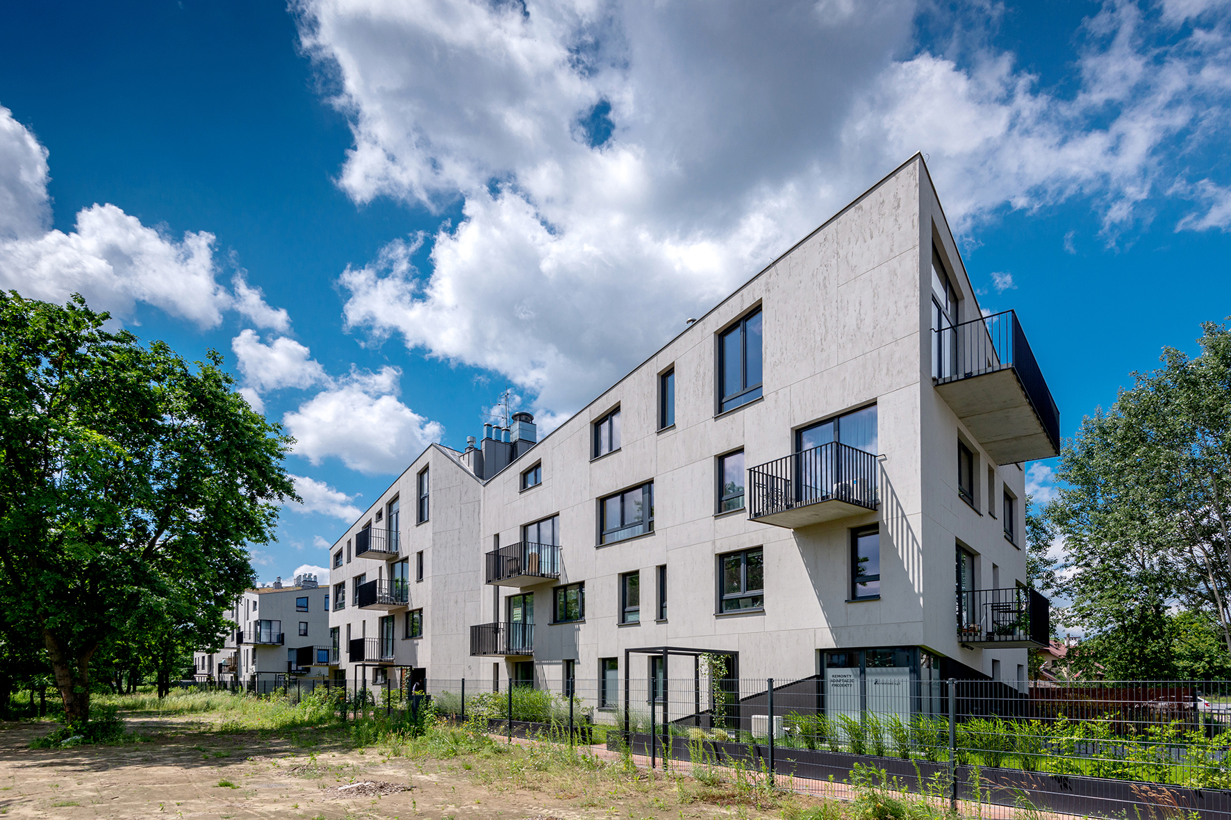 Budynki mieszkalne wielorodzinne – CHE162PI47 w Krakowie